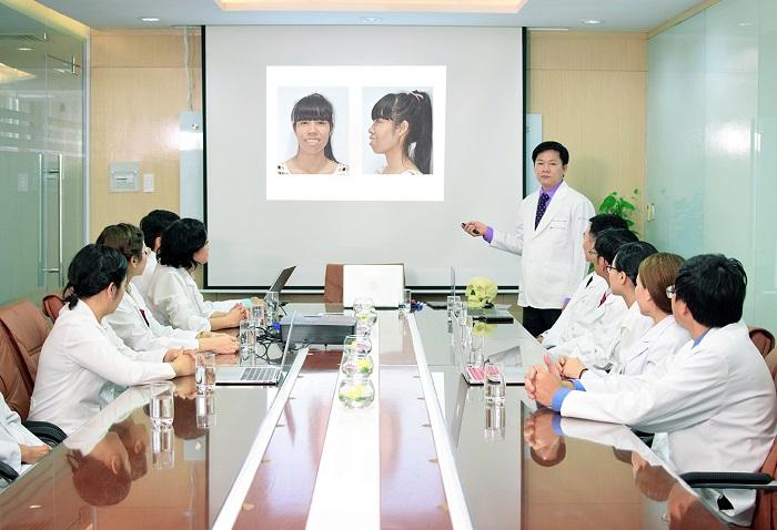 Đội ngũ bác sĩ chuyên khoa tại JW nhiều năm tu nghiệp tại nước ngoài