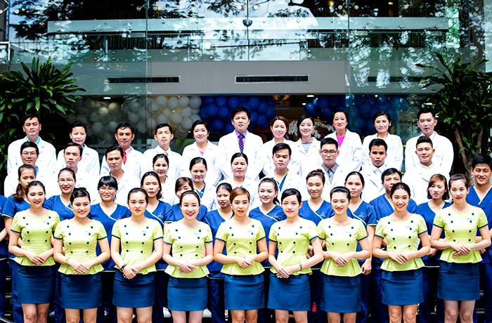 Toàn thể đội ngũ y bác sĩ và nhân viên Bệnh viện thẩm mỹ JW Hàn Quốc