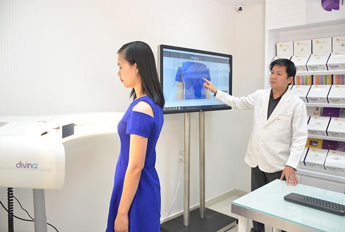 Máy 3D Divina giúp khách hàng dễ dàng lựa chọn được size ngực phù hợp cho mình trước phẫu thuật.