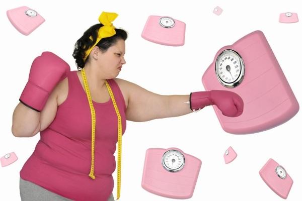 Nhiều phụ nữ đau đầu với kích thước vòng eo và cân nâng của cơ thể.