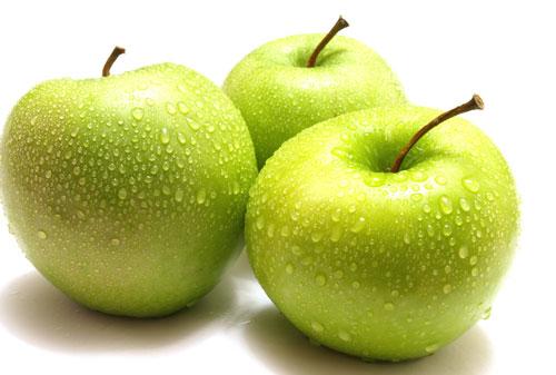 Tăng cường sử dụng táo ở giai đoạn tuổi dậy thì để giúp vòng 1 nở nang