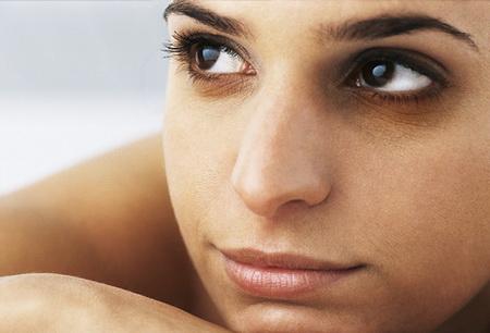 chữa bọng mắt và quầng mắt