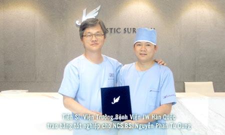 Bằng tốt nghiệp của Bác sĩ Tú Dung