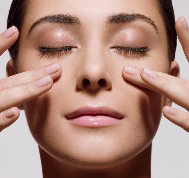 Bạn có thể thử cách masage mũi