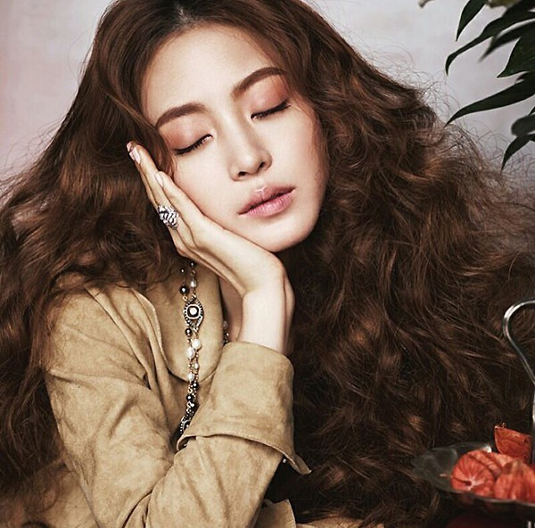 Ảnh chứng minh Han Ye Seul phẫu thuật thẩm mỹ đẹp tự nhiên _3