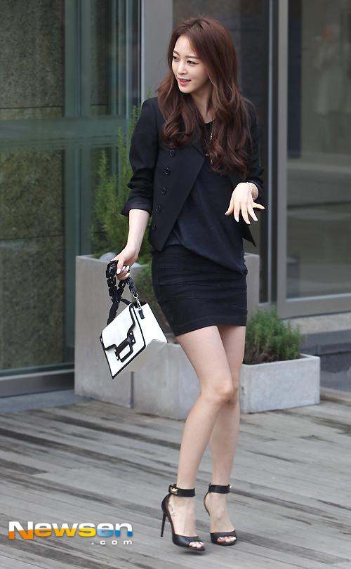 Ảnh chứng minh Han Ye Seul phẫu thuật thẩm mỹ đẹp tự nhiên _9