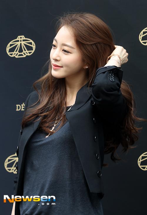 Ảnh chứng minh Han Ye Seul phẫu thuật thẩm mỹ đẹp tự nhiên _8