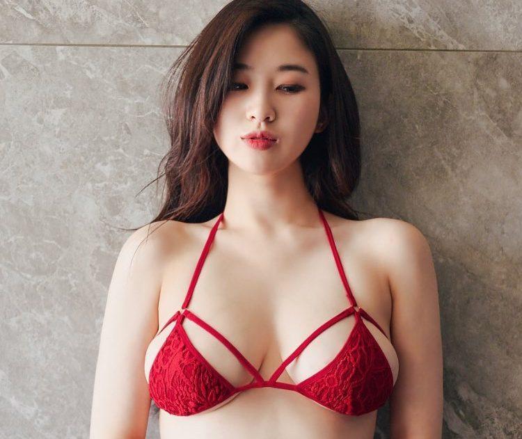 Chuyên gia lý giải nguyên nhân khiến cho ngực chảy xệ