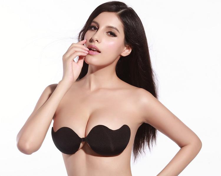 """Những """"thách thức"""" khi nâng ngực ở Hàn Quốc"""