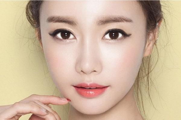 Bấm mí Hàn Quốc ở đâu đẹp?