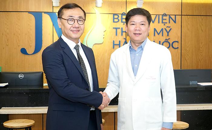 JW sở hữu Chuyên khoa Cấy ghép mỡ đầu tiên tại Việt Nam - Ảnh 2